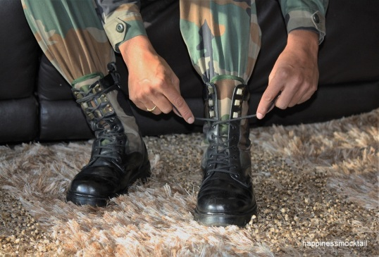 ArmyMan-in-Shoes-Med